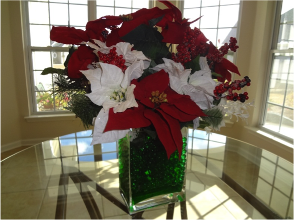 Poinsetta centerpiece with water beads